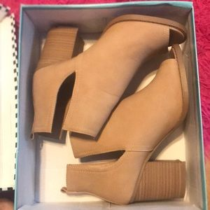 Tan Heel Booties